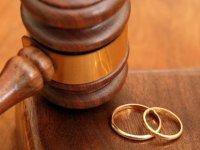 Eşe yalan söylemek boşanma sebebi
