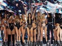 Ekonomik kriz vurdu, Victoria's Secret 1.1 milyar dolara satıldı