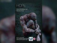 """Ressam Erdal'ın Sergisi """"Hope"""" Girne'de açılacak"""