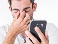Gençlerin yeni fobisi: Telefonda konuşma