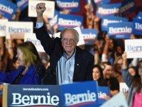 Bernie Sanders Nevada'yı açık farkla kazandı