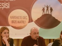 Üçüncü Toplum Forumu, ilk kitle toplantısını düzenledi
