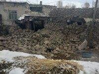 Van'da merkez üssü İran olan deprem nedeniyle 8 kişi hayatını kaybetti, 21 kişi yaralandı