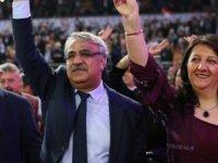 Pervin Buldan ile Mithat Sancar, HDP'nin eş başkanları seçildi