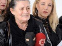 Kanser hastalarına yardım derneği, pet scan sorununa çözüm bekliyor...dernek meclis önüne giderek Başbakan Tatar'dan destek istedi