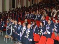 YDÜ Mühendislik Fakültesi 2019-2020 Güz Dönemi Mezunları Diplomalarını Aldı…