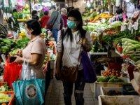 Protestolar ve koronavirüsle sarsılan ekonomiye Hong Kong usulü çare: Vatandaşlara para dağıtılacak