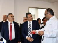 DAÜ'den Gazimağusa Devlet Hastanesi Moleküler Genetik Araştırma Laboratuvarı'na destek