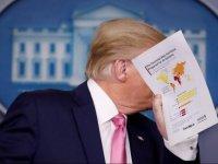 Trump: Affedersin dedim, elimi yıkamaya başladım