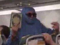 'Ben FETÖ'cüyüm ve uçağı patlatacağım' diyen yolcuya tahliye