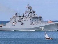 Rusya, Akdeniz'e iki savaş gemisi yolluyor