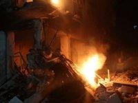 Rus savaş uçakları İdlib'de sivilleri vurdu: 9 ölü