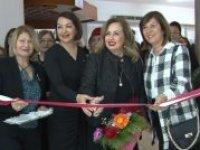 'Kadınca Esintiler 12' karma resim sergisi açıldı