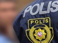 Dışarı çıkıp otostop yapan 20 yaş altındaki gençten polislere: 'İsterseniz ceza yazın, dedem sağlam