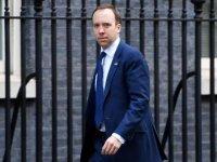 İngiltere Sağlık Bakanı: Özgürlükleri kısıtlamak istemiyoruz ama salgını önlemek için bunu yapabiliriz