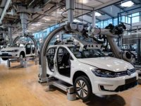 Otomotiv şirketleri suni solunum cihazı üretimine hazırlanıyor