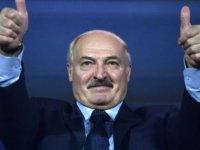 Belarus Devlet Başkanı Lukaşenko: Koronavirüsü votka ve sauna ile defedeceğiz