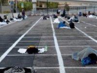 Las Vegas'ta bir evsiz sığınma evi. İşte Kapitalizm bu!