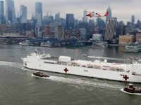New York Times: Askeri Hastane Gemisine Kovid-19'lu Hastaların Alınmaması Kabul Edilemez