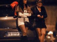 Almanya'da genelevler kapandı, sokakta mahsur kalan hayat kadınları devlet desteğine başvuruyor