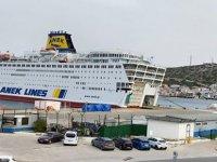 160 Türk mürettebatın bulunduğu gemi Koronavirüs nedeniyle Yunanistan'da karantinaya alındı