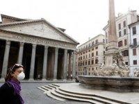 İtalya'da İkinci Dünya Savaşı'ndan Kalma Bomba Etkisiz Hale Getirildi