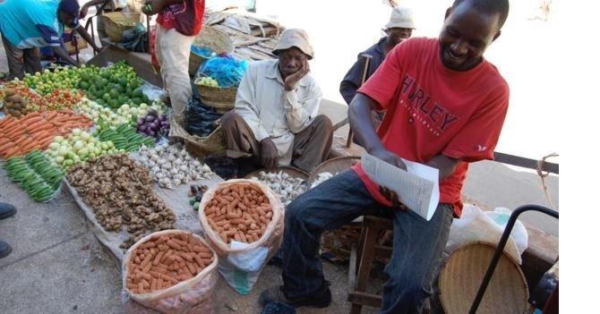 160620115237_africa_clay_market.jpg