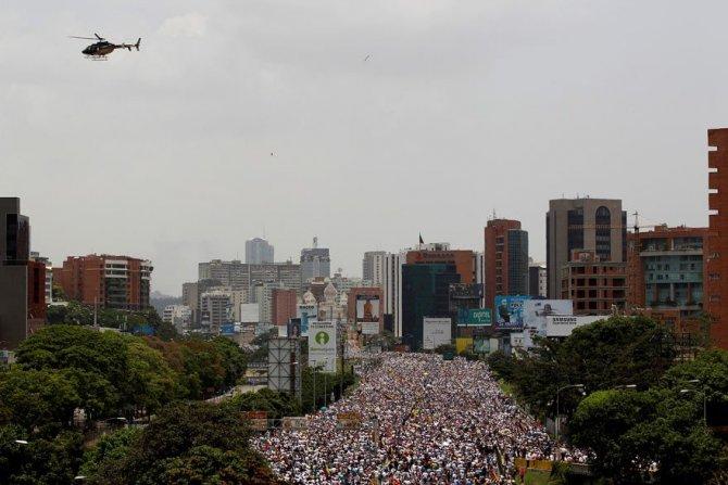 2017-04-19t193101z_1308789597_rc1daa4296f0_rtrmadp_3_venezuela-politics-protests-1.jpg