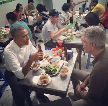 89777703_bourdain-obama.jpg
