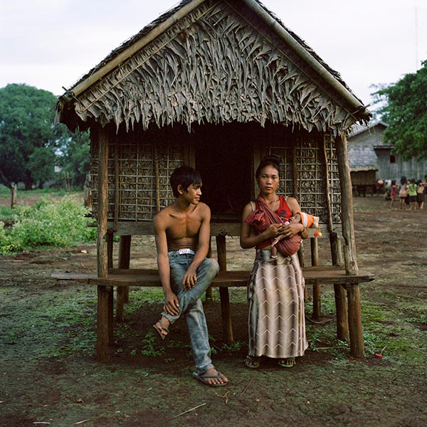 love-huts-cambodia.jpg