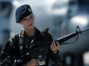 nature-females-motors-military-female-soldiers-91413[1]