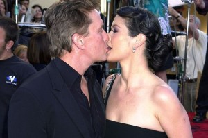 2001-Michael-Douglas-and-Catherine-Zeta-Jones-2233724[1]