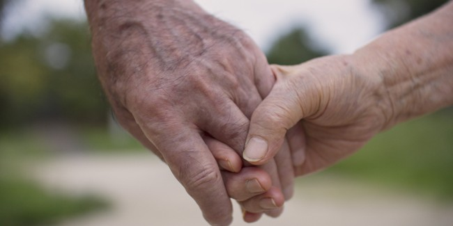 o-OLD-COUPLE-HANDS-facebook