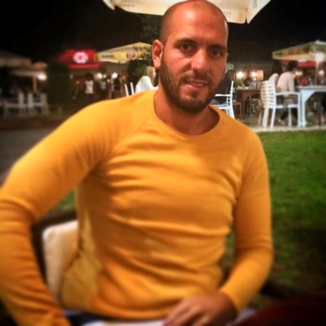 Araç Sürücüsü: Şefik Çorbacıoğlu